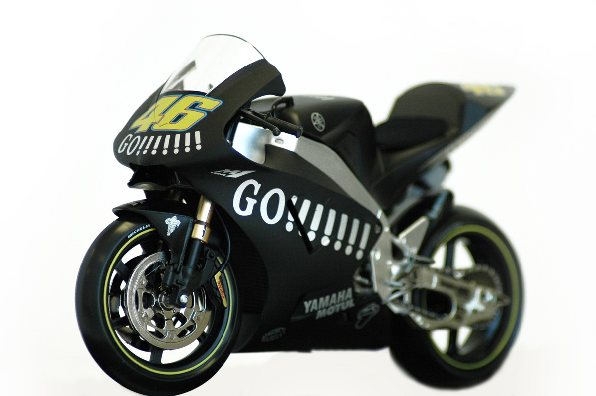 Moto 46 3