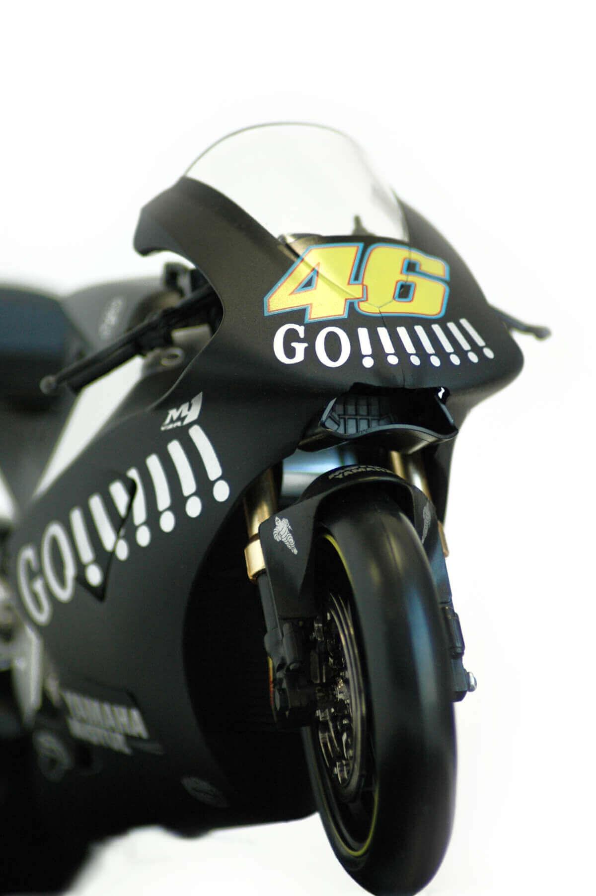 Moto 46 4